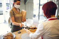 Imagen sobre el tema de dos mujeres en la panadería.