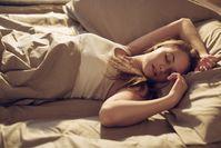 Imagen sobre el tema de la mujer durmiendo