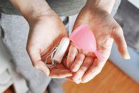 Imagen sobre el tema ¿Son las copas menstruales realmente tan seguras como los tampones?