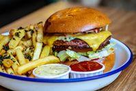 Imagen sobre el tema de Beyond Meat, Beyond Meat Burger, Otto's Burger
