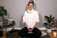 Imagen sobre el tema de la meditación después del trabajo: 10 minutos de meditación guiada para tener más paz y tranquilidad después del trabajo.