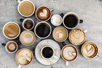 Imagen sobre el tema de varios cafés en la mesa